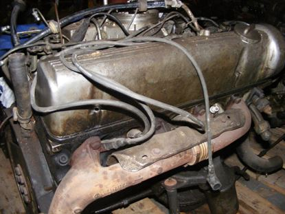Picture of Mercedes 380 engine 116963