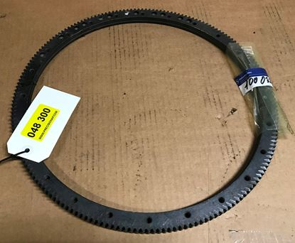 Picture of Mercedes 300sel 6.3,600 ring gear 1000320905