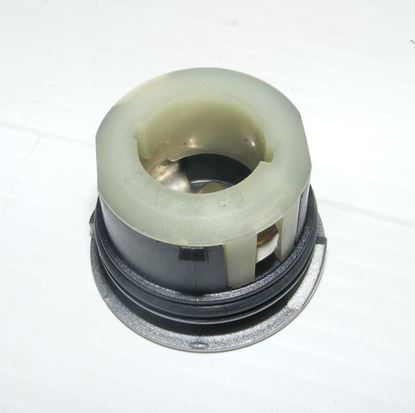 Picture of bulb socket,190e 16v, 0008269782